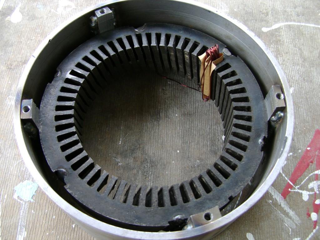 схема магнитного двигателя из 3 магнитов